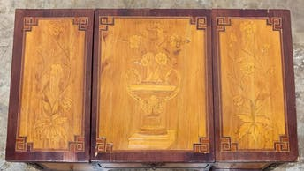 19TH C. FRENCH MARQUETRY LADIES' DRESSING TABLE_51458a_8d8a29d2b3ae111_lg.jpeg